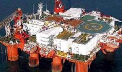 Петролът продължи да се понижава и в началото на новата седмица