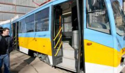 Столичани плащат със SMS и в градския транспорт
