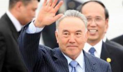 Назарбаев заяви, че няма да национализира компаниите от петролния сектор