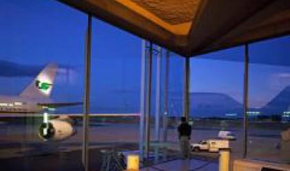 Новия терминал на лондонското летище Хийтроу не е подобрило тежката ситуация