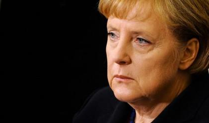 Меркел: Еврото е в най-трудния период от създаването си