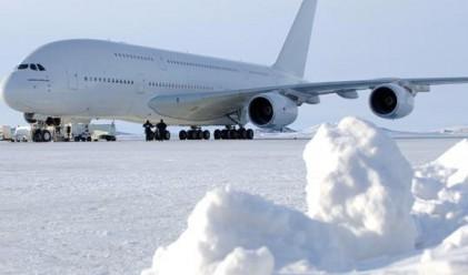 През 2009 г. са загинали 743 души при самолетни катастрофи
