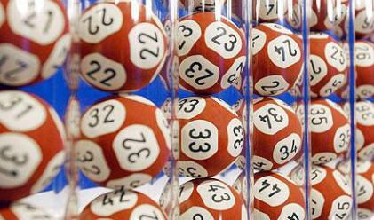 Облагат с 10 на сто печалбите от тото и лотарии?