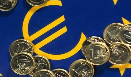 Еврото продължи да се възстановява