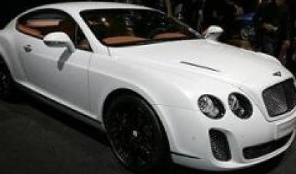 Жена върти канала за крадени Bentley