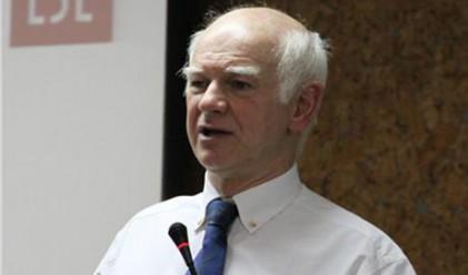 Директорът на LSE подаде оставка за връзки с Либия