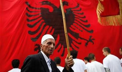 Сърбия предлага хонконгски модел за Косово