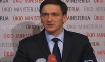 Литовският икономически министър уволнен за корупция
