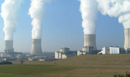 Германия спира временно седем свои ядрени реактора