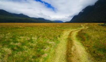 Адванс Терафонд без покупки на земя през февруари