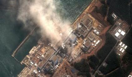 Хеликоптери изливат вода върху АЕЦ Фукушима-1