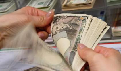 Скъпата йена крие опасност за рецесия в Япония