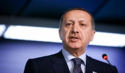 Ердоган призова Кадафи да сдаде властта