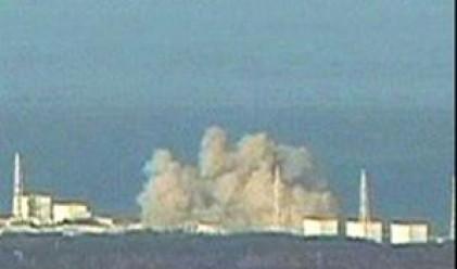 Черен дим се издига от АЕЦ Фукушима