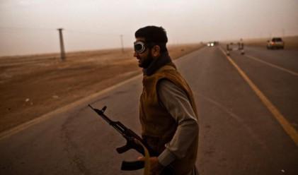 Турция поема контрола над летището в Бенгази
