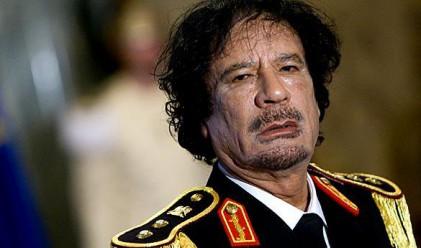 Светът се приближава към план за изгнание на Кадафи