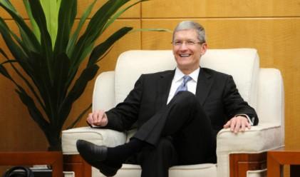 Шефът на Apple продал акции за 11 млн. долара