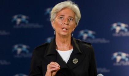 Шефът на МВФ: Опасността е прескочена