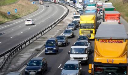 Великобритания приватизира пътищата си