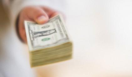 Азиатците, имащи над 100 млн. долара, за първи път повече от американците