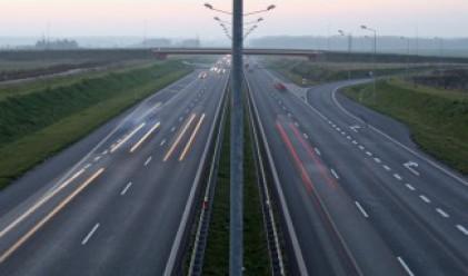 Утре ограничават движението на камионите от 14 до 20 часа