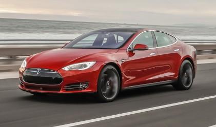 Първият собственик на Tesla в Сингапур глобен за замърсяване?