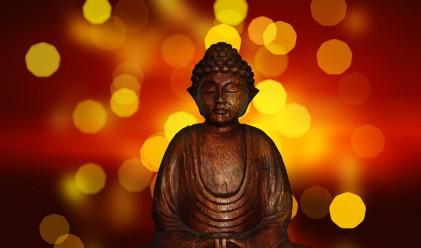 Продадоха три статуетки на Буда за 6 млн. евро