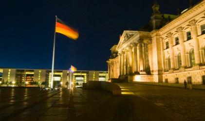 След изборите в Германия: покрепата за Меркел се топи