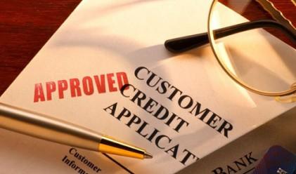 Парламентът прие по-строги правила за кредитите