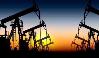 Петролът с трети пореден ръст
