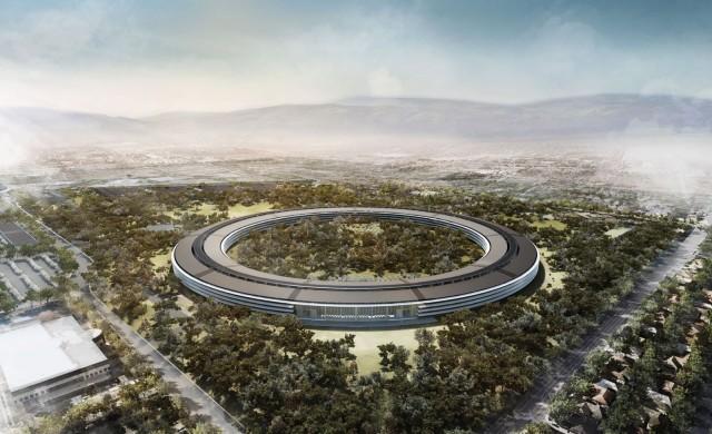 Мега централата на Apple отваря врати през април