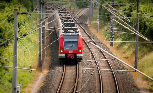 В Англия ще строят най-бързата подземна влакова система в света