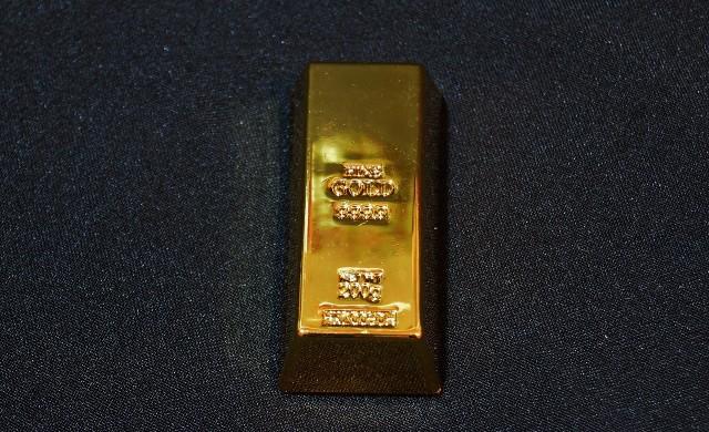 Геополитическото напрежение оказва подкрепа на златото