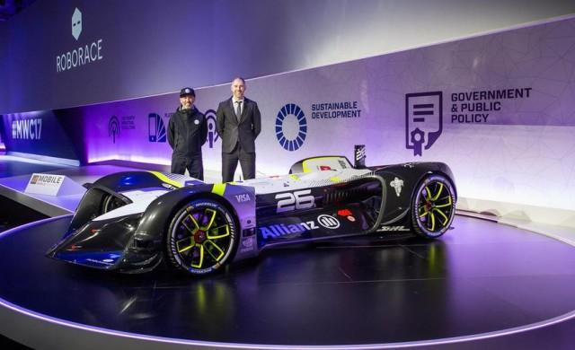 Първият безпилотен автомобил за състезания