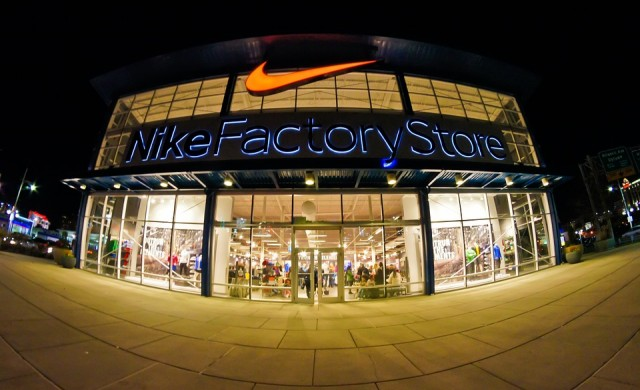 Nike вади на пазара специален хиджаб за спортистки мюсюлманки