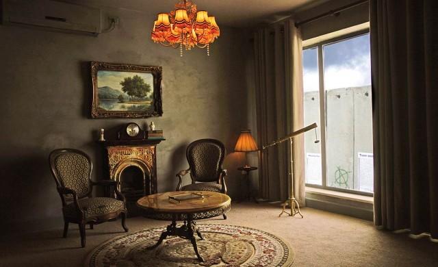 Хотелът с най-лошата гледка в света отваря врати