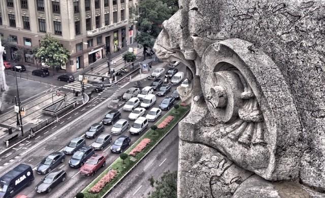 Мадрид забранява старите коли в центъра