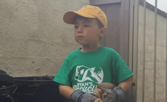 На 7 г. това момче управлява собствена компания и пести за колеж
