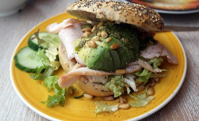 Лондонски ресторант забрани авокадото в менюто си