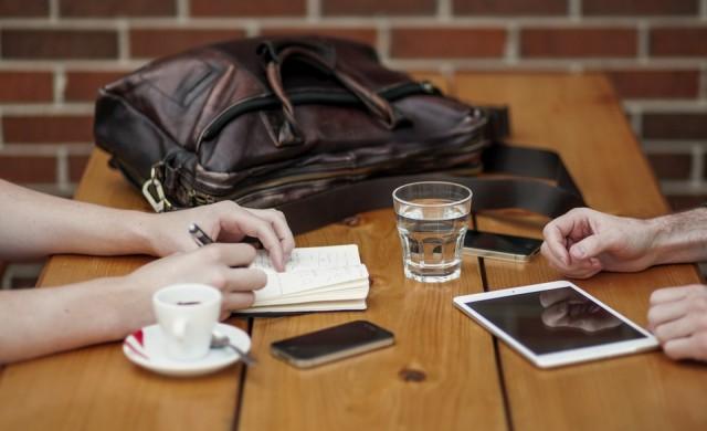 3 начина да зареждате iPhone по-бързо