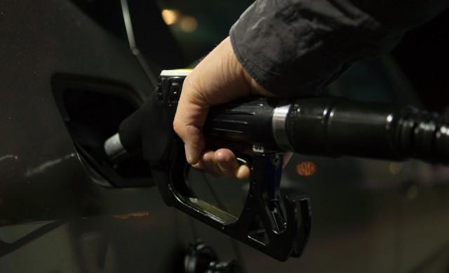 Данъчните тръгват на проверки по бензиностанциите