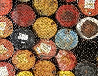 Износът на саудитски петрол за САЩ намаля до нива от 1988 г.
