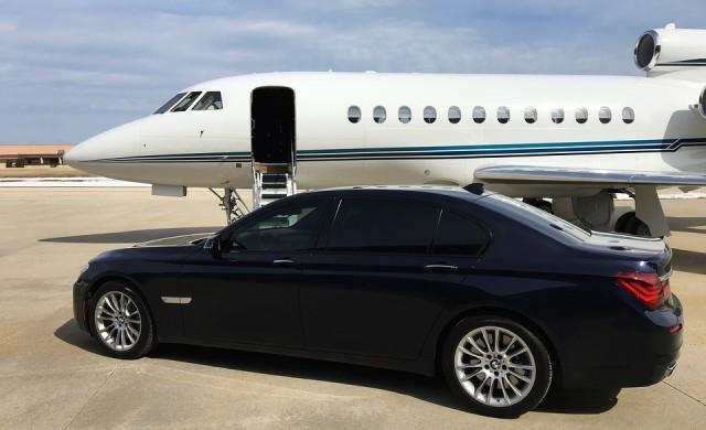 Как мамят супербогатите на собствените им частни самолети?