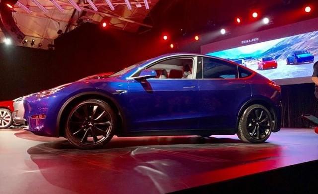 Tesla представи новия си кросоувър Model Y