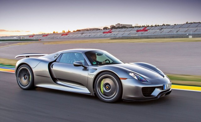 10 серийни автомобила, които развиват 100 км/ч за макс 3 секунди