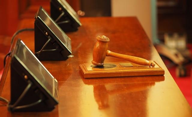 Частни съдебни изпълнители продават баровски имения за милиони