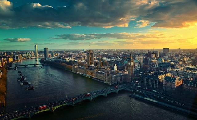 Активи за 1.3 трлн. долара напускат Великобритания заради брекзит