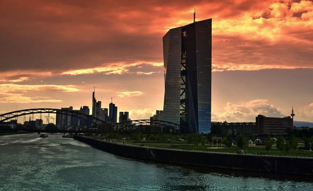Ще последва ли ЕЦБ спешните мерки на Фед срещу коронавируса?