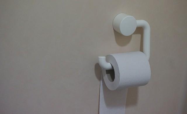 Защо хората се запасяват с тоалетна хартия, според психолозите?