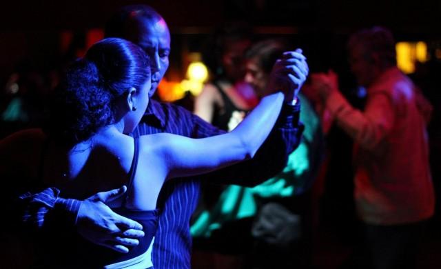 Коронавирусът удари и аржентинското танго